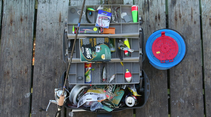 10 essentials every beginner fisherman needs for Essential fishing gear