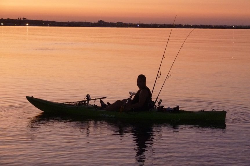 7 things to know before buying a fishing kayak for Fishing from a canoe