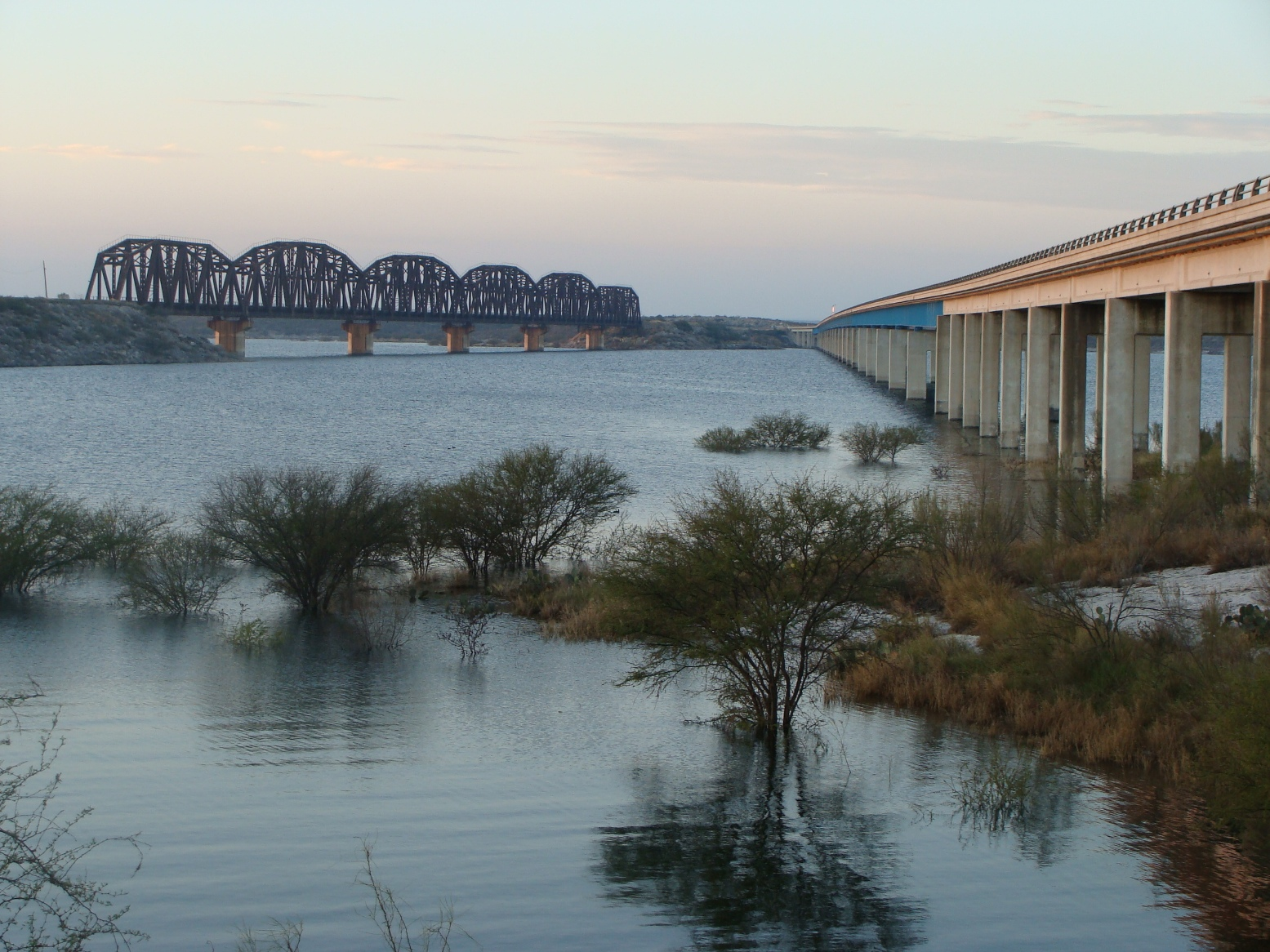 The 10 best places to fish in the south for Lake amistad fishing