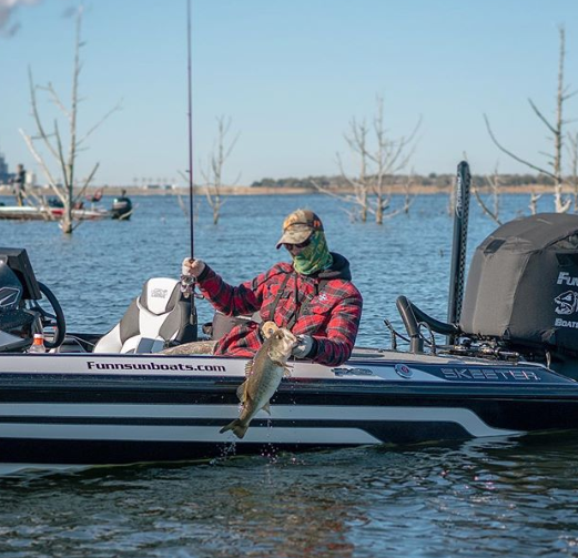 Fishing Structure: 3 Tips For Targeting Offshore Bass thumbnail